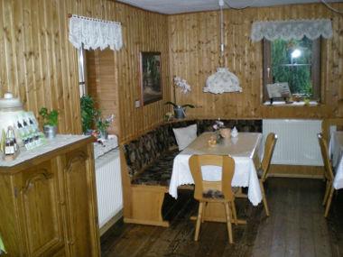 dresden pension gro mann bernachten im privatzimmer in dresden west. Black Bedroom Furniture Sets. Home Design Ideas